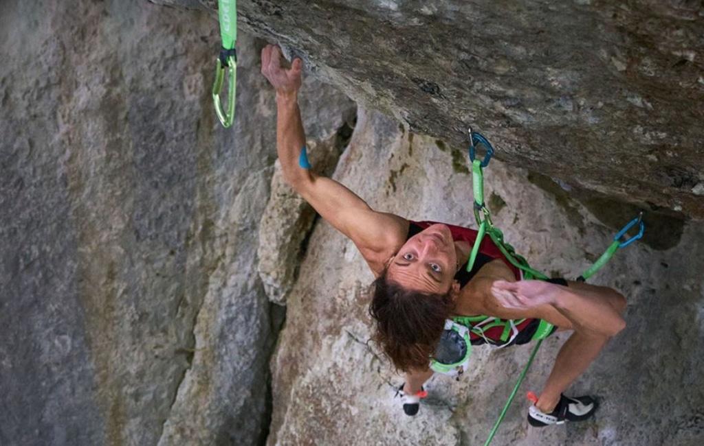 Exceptionnelle ! Mélissa Le Nevé première femme à grimper « Action directe » (9a)